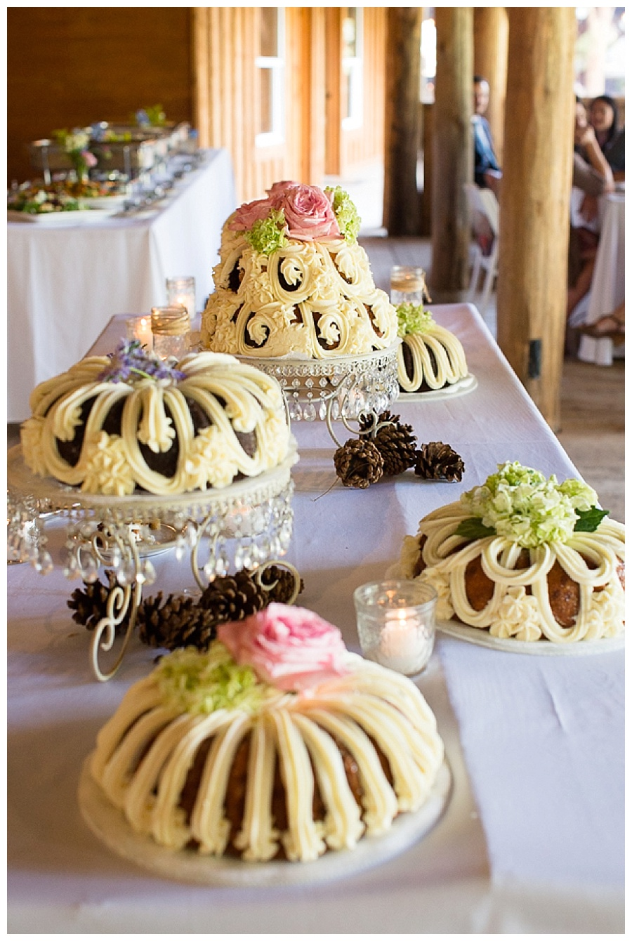 23 Bundt Cake at wedding reception Piney River Ranch